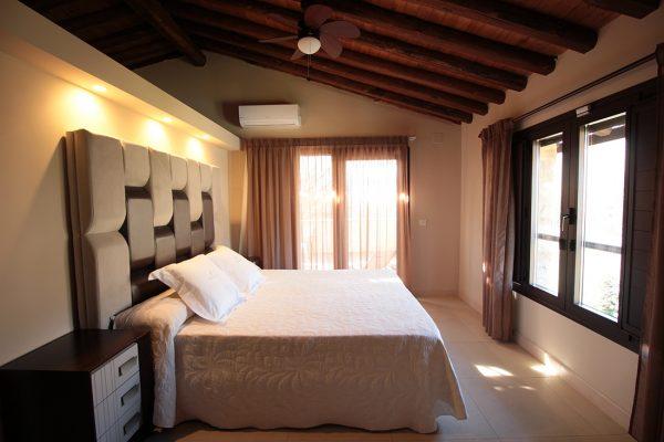 Las habitaciones del Hotel Rural el Cerezal de los sotos disponen de todas las comodidades para una estancia inolvidable