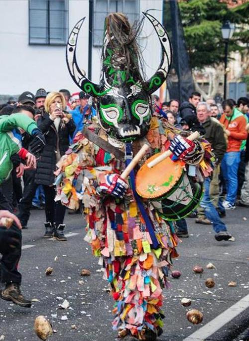 Fiesta de Jarramplas en Piornal, fiestas del Valle del Jerte.