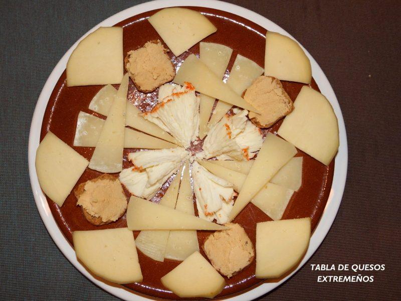 Tabla de quesos extremeños de varios tipos